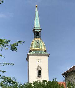 ☆春のプラハでモルダウを~♪.:*ハンガリー・スロバキア・チェコ周遊10日間☆vol.19 ブラチスラバ☆ミハエル門♪