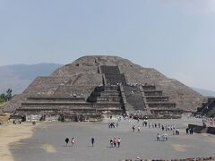 メキシコ周遊個人旅行 4. 市内歴史地区、テオティワカン、人類学博物館~帰国