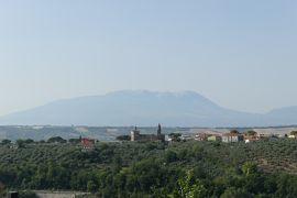 美しき南イタリア旅行♪ Vol.564(第20日)☆ロレート・アプルティーノ古城ホテルCastello Chiola:美しい朝の庭園♪