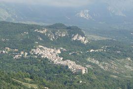 美しき南イタリア旅行♪ Vol.586(第20日)☆:ひまわり畑を抜けてカラマニコ・テルメの美しい遠景♪