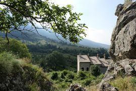 美しき南イタリア旅行♪ Vol.594(第20日)☆美しき山岳村「ロッカカラマニコ」の古城跡 いにしえを想う♪