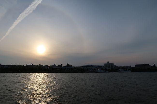 お仕事がらみで、新潟に行ってきました。<br /><br />例によって、お仕事の話は書けないんで、場所柄、いつも以上に呑んでばかりの旅行記になっちゃいました。