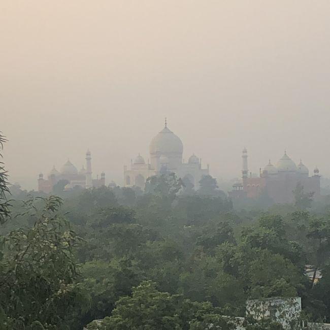 2018年11月 インド6日間 4日目 タージマハルへの大移動