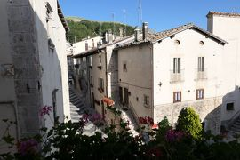 美しき南イタリア旅行♪ Vol.608(第21日)☆ペスココスタンツォ:「ホテル・レ・トッリ」ジュニアスイートルームから朝の風景♪