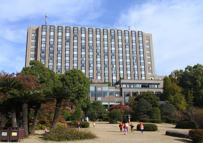 リーガロイヤルホテル東京に泊まる。