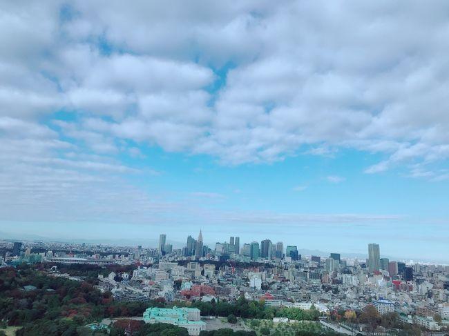 久しぶりの母&妹との女子旅は<br />単身赴任中の父に会うために東京へ。<br />ホテルステイをメインに父のテリトリーをぶらぶら散策です。<br />