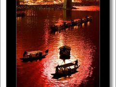 Solitary Journey [花火特別編]川面に映る大輪の花火が美しい。情緒溢れる夏の風物詩です。<錦川水の祭典 錦帯橋の花火>山口県岩国市