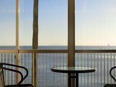 鰹を食べに枕崎へ(2)部屋から東シナ海を一望 夕食は駅前の『一福』で鰹尽くし♪