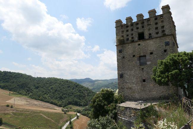 美しき南イタリア旅行♪ Vol.640(第21日)☆Roccascalegna:美しき古城「ロッカスカレーニャ城」夏の風景♪