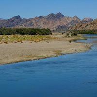 ★ナミビア+南アフリカ車旅(14)ダイヤモンド・エリア経由、オレンジ川を渡って南アフリカ共和国へ