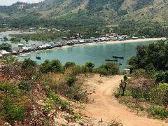 ミャンマー南部ダウェー 砂州上のサンラン村