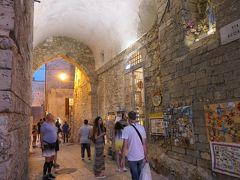 美しき南イタリア旅行♪ Vol.698(第23日)☆黄昏の美しきビエステ旧市街:ショッピングを楽しむ♪
