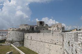 美しき南イタリア旅行♪ Vol.707(第24日)☆モンテ・サンタンジェロ城:城壁の上を優雅に歩く♪