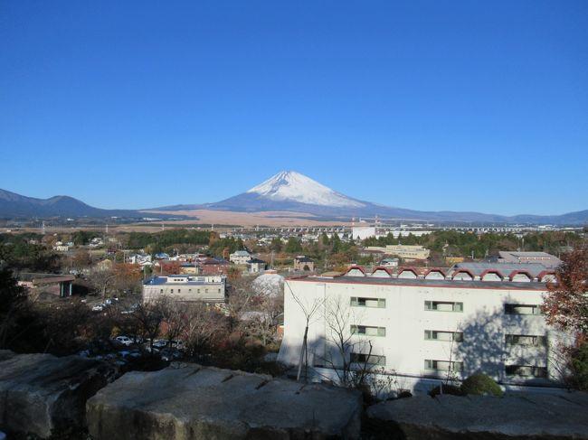フットサルチームの合宿で御殿場に行きました。<br />御殿場と言えば時之栖です。<br />1泊2日の合宿ではきれいな富士山を見ることができました。