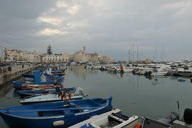 美しき南イタリア旅行♪ Vol.730(第24日)☆Trani:雨上がりの美しいトラーニ漁港♪