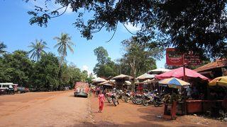 カンボジア~ベンメリアへバイクで行った件