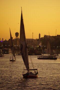 Wonder one dollar! HISエジプト8日間の旅(3) ナイル・スタイル号に乗船して寛ぎ、ナイル川西岸に沈む夕陽に感動する。