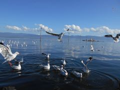 ミャンマー北部インドジー湖でカヤック