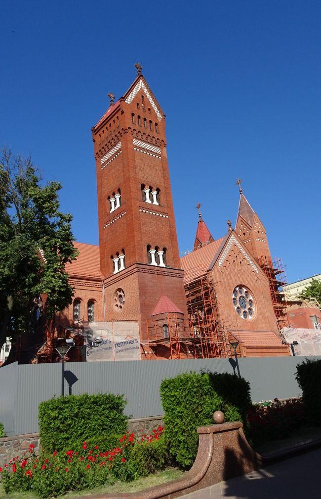 ミンスク街歩き、独立広場、勝利広場、聖シモン・エレーナ教会、聖霊大聖堂