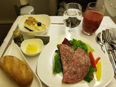 アシアナ航空ビジネスクラスで行くバンコク旅 B777ビジネススマーティウム搭乗とバンコクの超チープなリバーサイドのホテルに泊まる その1 バンコクで何故か「うな丼」を食べる