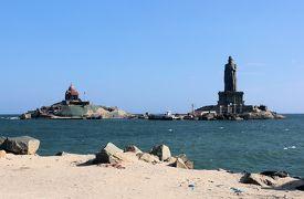 南インド癒しの旅(4)・・コモン岬のヴィヴェーカーナンド岩(記念堂)見学と夕日観賞です。