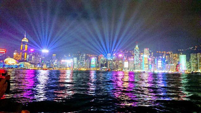 2019.1.2<br />始発に乗って羽田からANA859便で香港へ。<br />ホテルの近所を散策してから、シンフォニーオブライツを見に行った。<br />