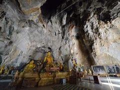 チェンライ・洞窟寺院