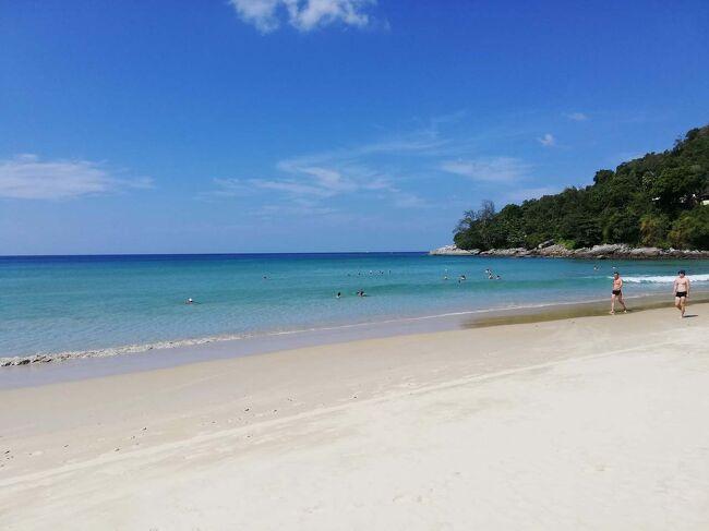 パトンビーチからカロンビーチに移動しました。<br />風邪も治って、本当に数年ぶりのシュノーケリングです。 熱帯魚さんたち、久しぶり~!