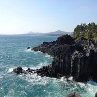 火山の島済州島を「の」の字に一周