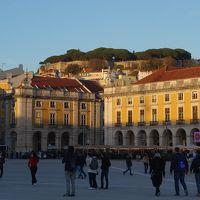 リスボンの街歩きはアウグスタ通りが中心。コメルシオ広場とフィゲイロ広場をつないでいます。