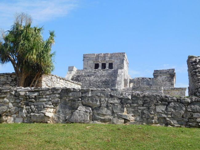 1年前と同じ年末年始に中南米4ヵ国を巡りましたが、今回はグアテマラ、ベリーズ、2度目のメキシコ・ユカタン半島を訪れました。グアテマラのコロニアルな街並みと壮大なマヤ遺跡、ベリーズ・カリブ海の美し過ぎる海、ユカタン半島の秘境を満喫しました。<br /><br />---------------------------------------------------------------<br />スケジュール<br /><br /> 12月28日 成田空港-ヒューストン空港-グアテマラシティ空港-(送迎車)アンティグア [アンティグア泊]<br /> 12月29日 アンティグア観光 [アンティグア泊]<br /> 12月30日 アンティグア-(シャトルバス)パナハッチェル-(ボート)サンティアゴ・アティトラン観光-<br />      パナハッチェル観光-アンティグア [アンティグア泊]<br /> 12月31日 アンティグア-(送迎車)グアテマラシティ空港-フローレス空港-(シャトル)ティカル遺跡観光-<br />      フローレス観光 [フローレス泊]<br /> 1月1日 フローレス-(バス)ベリーズシティ-(フェリー)サンペドロ観光 [サンペドロ泊] <br /> 1月2日 (日帰りツアー 全てフェリー移動) サンペドロ-ブルーホール-ハーフムーン島-ロングキー-サンペドロ<br />     [サンペドロ泊]<br />  1月3日 サンペドロ-(フェリー)チェトゥマル-(バス)カンクン [カンクン泊]<br /> 1月4日 (日帰りツアー 全てバス移動) カンクン-ピンクラグーン観光-メキシコ湾岸ビーチ観光-<br />     リアラガルトス自然公園観光-リオ・ラガルトス-カンクン  [カンクン泊]<br />★1月5日 カンクン-(バス)トゥルム-(タクシー)グランセノーテ観光-(タクシー)トゥルム遺跡観光-<br />     (乗り合いタクシー)トゥルム-カンクン [カンクン泊]<br />★1月6日 カンクン-(送迎車)カンクン空港-ヒューストン空港-(機中泊)<br />★1月7日 -成田空港