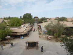 4歳娘を連れて念願の敦煌+北京6日間の旅4-敦煌古城でシルクロードの姫体験