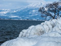 猪苗代湖のしぶき氷を見て、野地温泉で雪見風呂を楽しむ