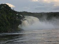 ベネズエラ カナイマ湖 (Laguna de Canaima, Venezuela)