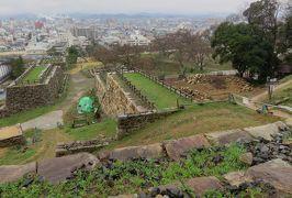 2018春、山陰の名城巡り(23/24):3月19日(13):鳥取城(3):石切場、二の丸三階櫓跡、三階櫓石垣・天端角石