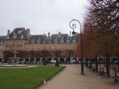 パリを歩く(3.7) ヴォージュ広場から、フラン・ブルジョワ通りをあるく。