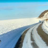 460-道産子だって初流氷、最強寒波の中バスツアーで行く「北こぶしに泊まる流氷砕氷船おーろら号の旅」①…ウトロの流氷はすごかった!