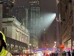 ニューヨークは雨だった。