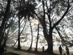 4歳娘を連れてジャカルタ・クチン・シンガポール7日間の旅6-格安リゾート、ダマイビーチを満喫