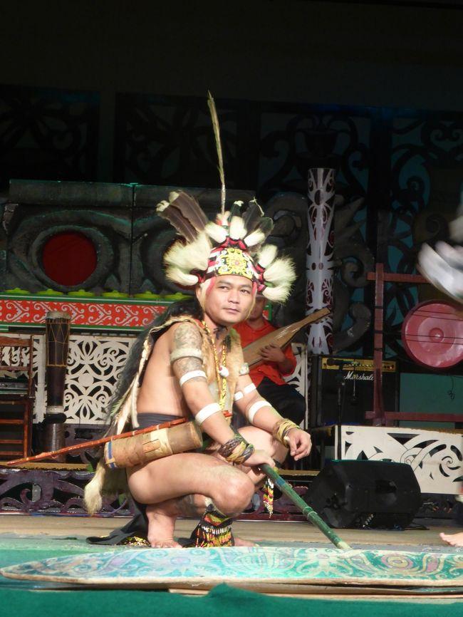 4歳娘を連れてジャカルタ・クチン・シンガポール7日間7-部族感いっぱい!サラワク・カルチュラル・ヴィレッジ