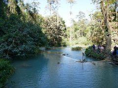ルアンパバーン観光 タート・クワンシーの滝
