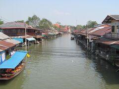 バンコク (5) 線路市場と水上市場