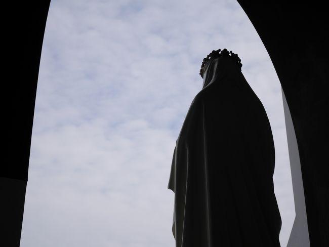 1年ぶり4度目の長崎♪<br />春節にあわせて開催されているランタンフェスティバルで長崎の街はどこもキラキラ☆彡<br />昨年、世界遺産に認定された外海の教会巡りでは、潜伏キリシタンの歴史に思いを馳せて…<br />そしてもれなく美味しい長崎グルメも満喫してきました♪<br />
