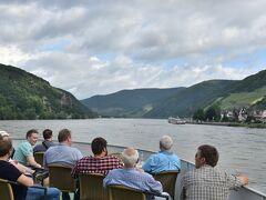 2016年 ドイツの旅(10)リュ-デスハイム~ボッパルト ライン川下りと大蛇行、マインツの聖シュテファン教会でシャガ-ルの青のステンドグラスを見る