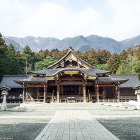 二千四百年以上の歴史を有する弥彦神社