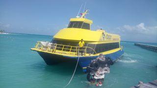 カンクン冬休み旅行 4/4 - イスラ・ムヘーレスのプラヤ・ノルテ ビーチで泳ぐ