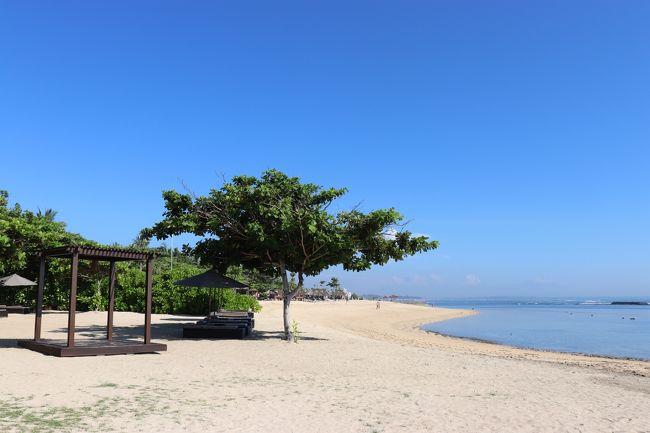(以前の記事の続きです。<br />本日から、カユマニス ヌサドゥア プライベートヴィラ&スパに4泊します。)<br />2011年に訪れたバリ島。その時泊まったヴィラが忘れられなくて、再訪する事にしました。ゆっくりする事と、美味しいものを食べたい、それだけの旅です。<br /><br />2019年2月20日~3月1日 ガルーダインドネシア航空ビジネスクラスで往復。<br />お目当てのプライベートヴィラはカユマニスリゾート。<br />夕方以降着だったので<br />デンパサールで1泊しました。そのあと、<br />ヌサドゥア4泊、ジンバラン3泊。<br />最終日はデイユースを利用してレイトチェックアウトしました。
