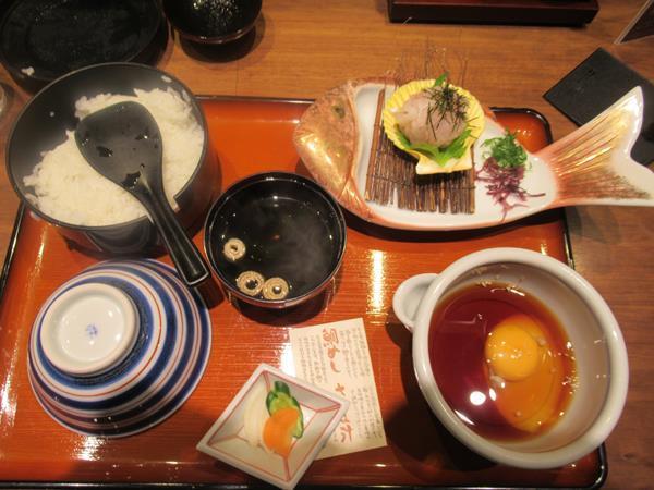 乗り物ばっかり四国旅(5)松山空港グルメ(鯛めし、じゃこ天)