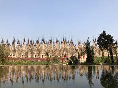 ミャンマー 10   カックー遺跡 へ  仏塔の 風鈴の音 さわやかに