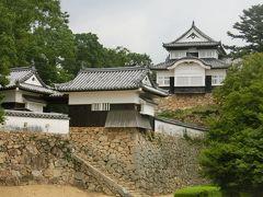 猛暑の岡山旅行 ② 日本一高い山城・備中松山城に登り、桃太郎伝説ゆかりの吉備津神社へ